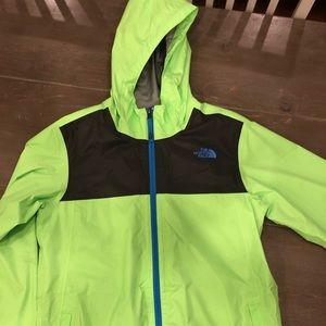 f90e7d280fc1 The North Face Boys Zipline Rain Jacket